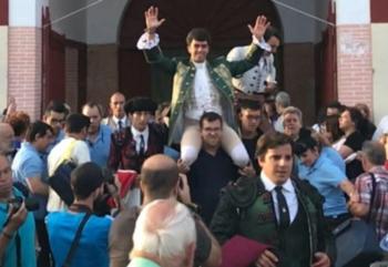 João Moura Júnior sai pela Porta Grande em Zamora