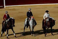 Saida em ombros para Pablo Hermoso e Diego Ventura