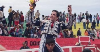 Diogo dos Santos corta orelha em Antabamba (Apurimac - Peru)