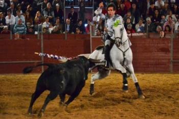 Mais toureiros do que toiros em Samora Correia